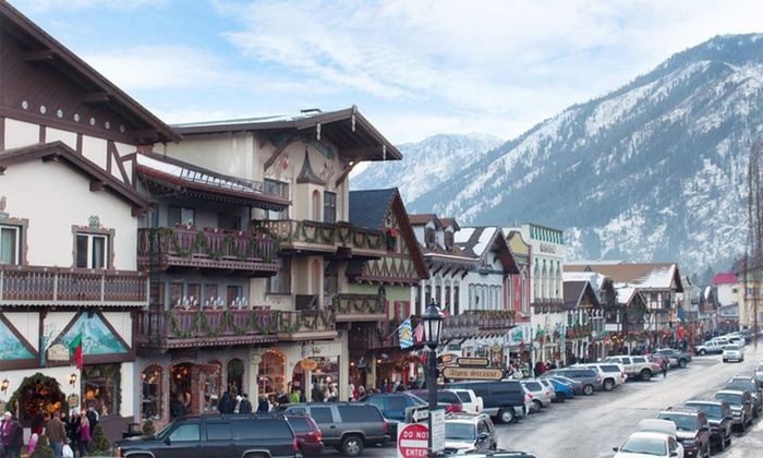 Obertal Inn - Leavenworth, WA: 1- or 2-Night Stay with Daily Netflix and Optional Daily Mimosas and Breakfast at Obertal Inn in Leavenworth, WA