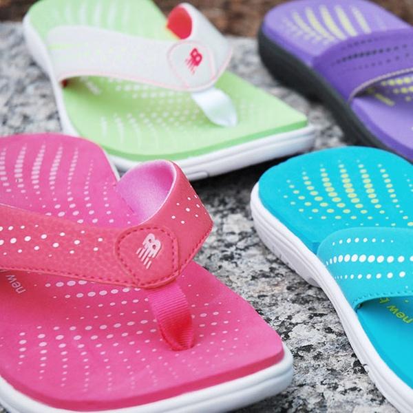 New Balance Women's Wave Sandals