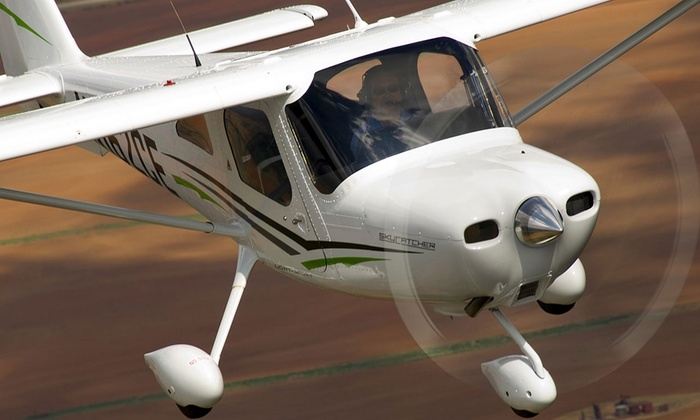 Flight Training Professionals - Orlando Executive Airport: $89 for a 30-Minute Introductory Flight with Ground Schooling at Flight Training Professionals ($205 Value)