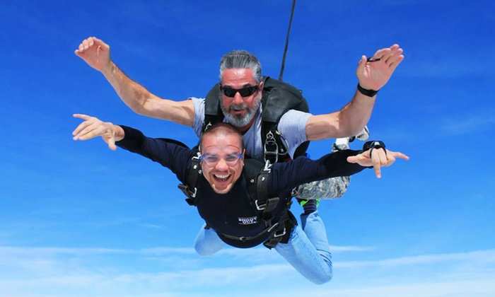 Skydive The Lakes - Winsted: Tandem-Skydive Jump from Skydive The Lakes (Up to 56% Off)