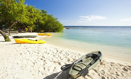 1-, 5-, or 7-Night Stay for Two at Clarion Suites Roatan in Roatán, Honduras. Combine Up to 14 Nights.