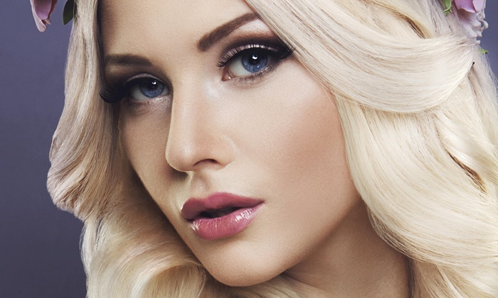 Diva Glam Studio Weave - Downtown Long Beach: Up to 65% Off makeup application at Diva Glam Studio Weave