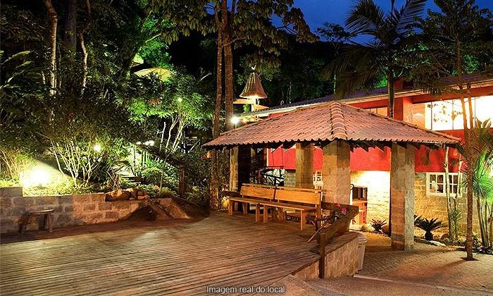 Pousada Vila Taquaras - Balneário Camboriú: Balneário Camboriú/SC: 2, 3 ou 5 noites para 2 ou 3 + café da manhã, na Pousada Vila Taquaras, a partir de R$ 179