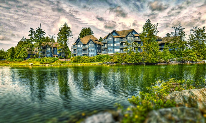 Waterfront Resort near Tofino on Vancouver Island