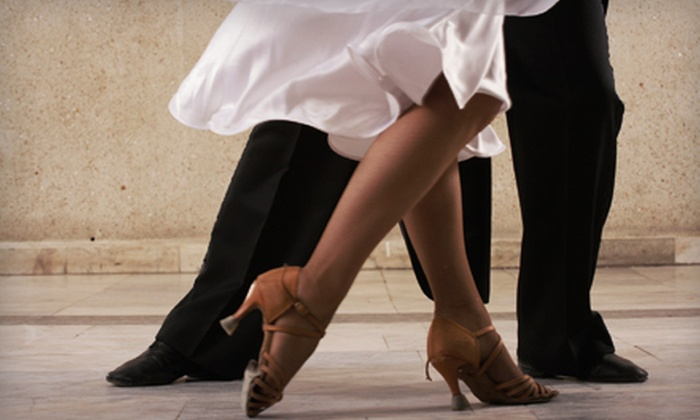 Dancin' Motion - Armenia Gardens Estates: $25 for Six Level 1 Belly-Dancing, Bachata, or Salsa Classes at Dancin' Motion (Up to $72 Value)
