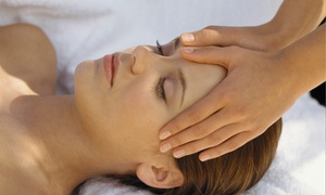 Lucyna's Goldfingers Spa: $67 for LG Signature Facial at Lucyna's Goldfingers Spa ($100 Value)