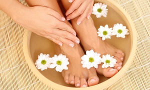 Natural Medicine Center: Ionic Footbath with Option for Spa Membership at Natural Medicine Center (Up to 58% Off)