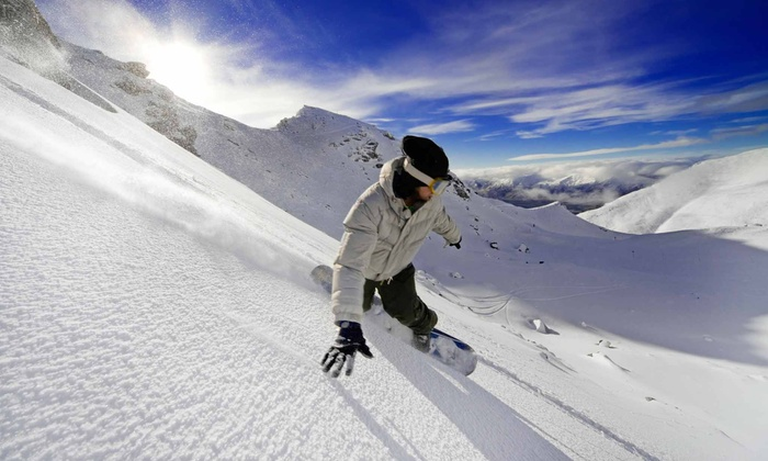 SnowBomb: $75 for a Skiing-and-Snowboarding Platinum-Membership Package from SnowBomb ($150 Value)