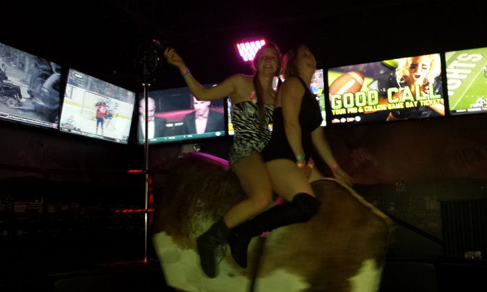 MaxVegas Club Crawls - Multiple Locations: $24 for $49 Worth of Pub Crawl at MaxVegas Club Crawls