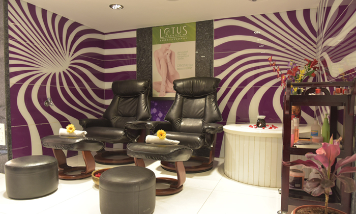 Beauty grooming services for men women at xquisit salon for A step ahead salon
