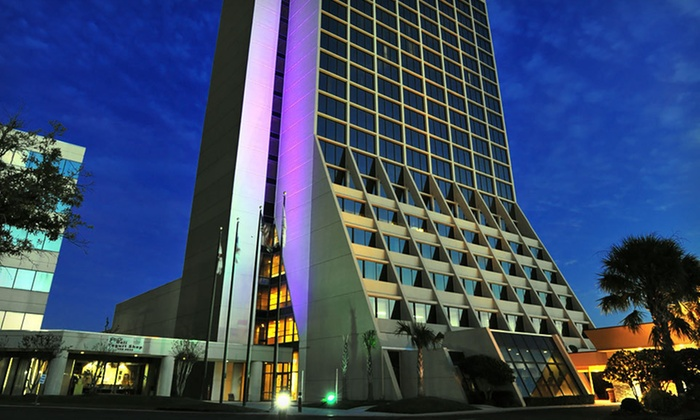Mobile Marriott - Mobile: One- or Two-Night Stay at Mobile Marriott in Mobile, AL