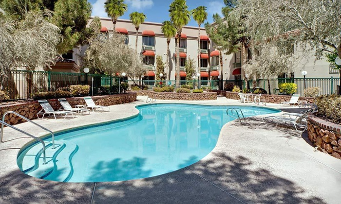Hawthorn Suites by Wyndham El Paso Airport - El Paso, TX: One- or Two-Night Stay at Hawthorn Suites by Wyndham El Paso Airport in El Paso