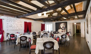 Pavarotti Milano Restaurant Museum: Cena per due persone nel Pavarotti Milano Restaurant Museum in piazza Duomo (sconto fino a 53%)