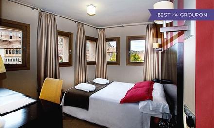 Zaragoza: 1 o 2 noches en habitación doble para 2 con desayuno, detalle y late check-out en Hotel Monasterio Benedictino
