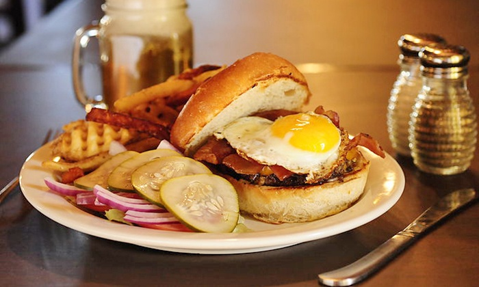 The Local Oak - Oak Cliff: $12 for $20 Worth of American Comfort Food at The Local Oak