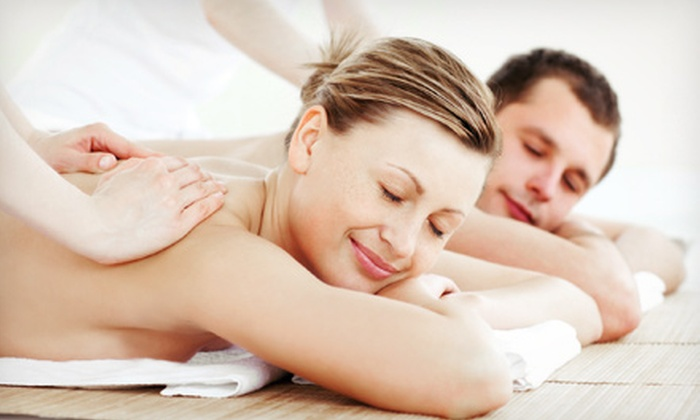 Ami Renee Spa - Lewis Crest: $59 for a 60-Minute Couples Massage with a Foot-Reflexology Treatment at Ami Renee Spa ($125 Value)