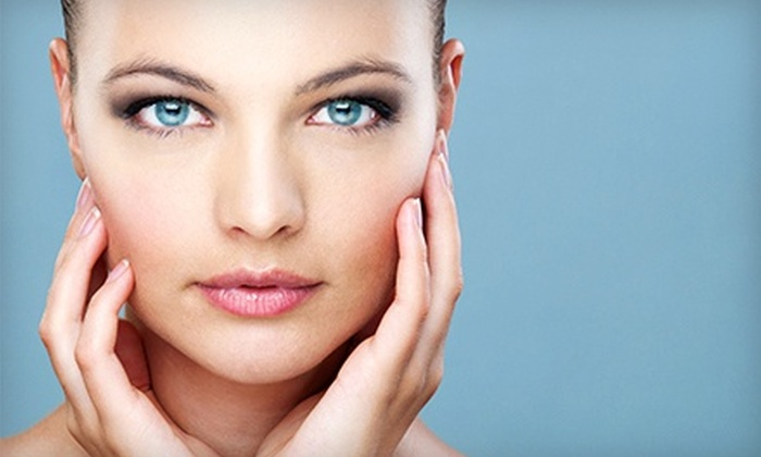 Queens Quay Medspa - Toronto: Aluma Skin-Tightening Treatments or Eyelid Lifts at Queens Quay Medspa (Up to 80% Off). Six Options Available.