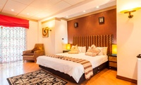Johannesburg: One or Two-Night Stay for Two Including Breakfast or a Three-Course Dinner and Movie at 38 On The Drive