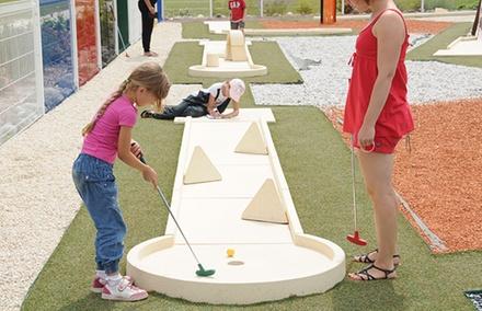 2 entrées mini golf enfants ou adultes (1h30 de parcours) dès 6 € au Golf Miniature Park