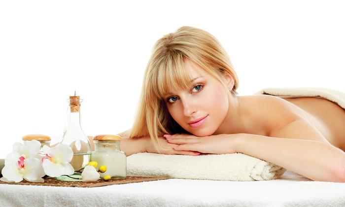 SOLELUNA - Pieve a Nievole: Peeling corpo, idromassaggio, bagno di vapore e massaggio relax (sconto fino a 92%)