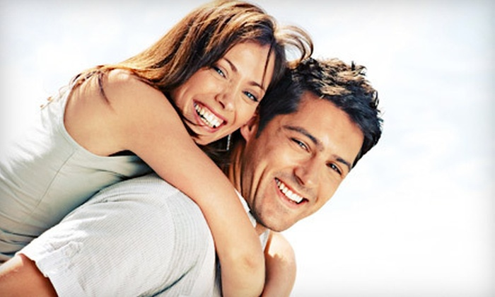 DaVinci Teeth Whitening - Multiple Locations: $95 for 60-Minute In-Office Laser Teeth-Whitening Treatment from DaVinci Teeth Whitening ($317 Value)