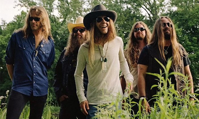 Live Nation Presents Blackberry Smoke - Fire In The Hole Tour 2014 - House of Blues San Diego: $13.75 to See Live Nation Presents Blackberry Smoke – Fire In The Hole Tour 2014 on April 1 (Up to $27.50 Value)