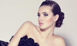 Beauty Academie: Permanent Make-up für den Lidstrich oder für Augenbrauen in der Beauty Academie (bis zu 63% sparen*)