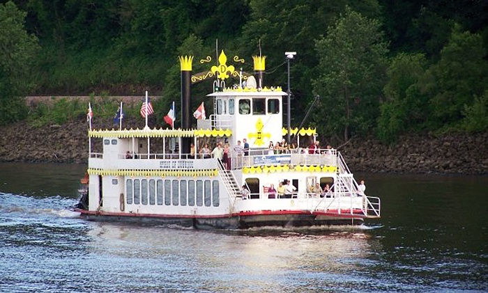 Father39s Day Lunch Cruise  Dubuque River Rides  Groupon