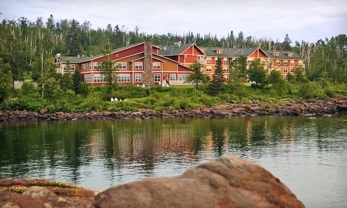 Cove Point Lodge - Beaver Bay: One- or Two-Night Stay with Daily Breakfast at Cove Point Lodge on Minnesota's North Shore