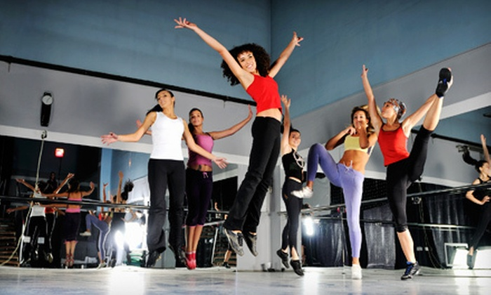 Detroit Zumba - Novi: $20 for a Five-Week Pass to Zumba Fitness Dance Parties at M Bar Go in Novi from Detroit Zumba ($40 Value)