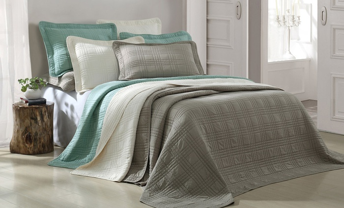 3-Piece Coverlet Sets: 3-Piece Queen- or King-Size Coverlet Set from $42.99–$46.99. Multiple Colors Available. Free Returns.
