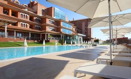 Granada: 1 noche para dos en habitación doble o junior suite con desayuno y circuito spa en Granada Palace 4*