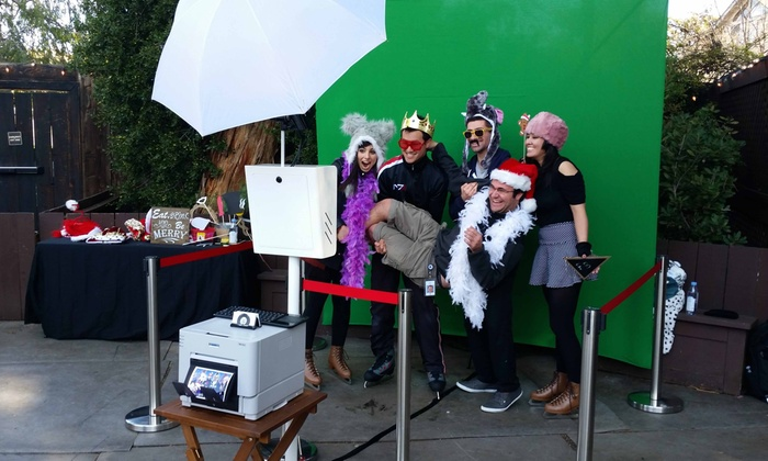 Phil-foto - San Francisco: $173 for $315 Worth of Photo-Booth Rental — PHIL-FOTO