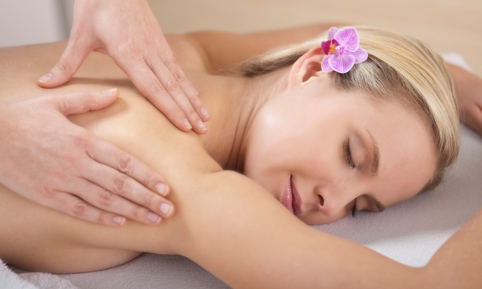 Daravadee Spa & Massage Therapy - Long Beach: Holistic-Healing Spa Day or Couples Massage at Daravadee Spa & Massage Therapy (Up to 50% Off)