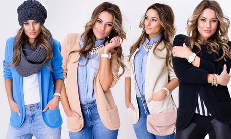Blazer de mujer disponible en varios colores por 21,89 €