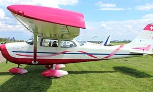 HelenAir: Szkolenie z 10-minutowym lotem zapoznawczym samolotem Cessna 172 za 109 zł i więcej opcji w HelenAir