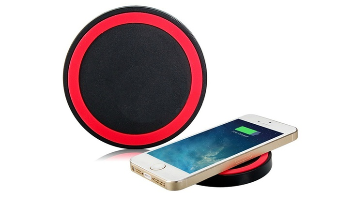Mini Qi Wireless Charging Kit for Samsung Smartphones (AED 49) or iPhone's (AED 79) (Up to 72% Off)