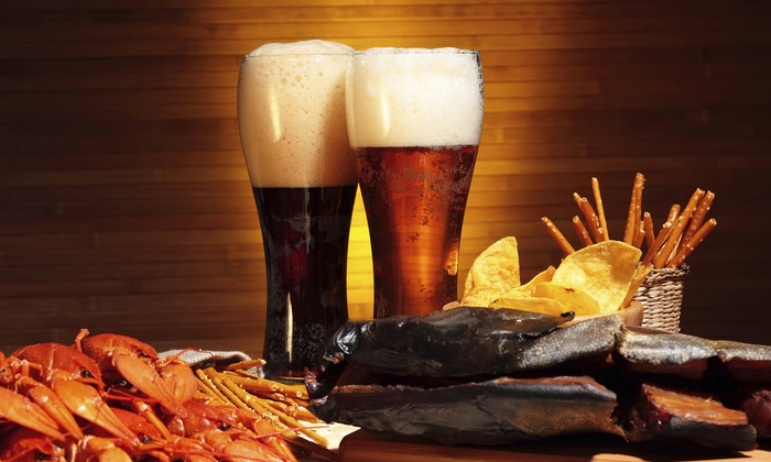 The Pint House Bar and Grill - Yuma: 10% Off Purchase of $40 or More at The Pint House Bar and Grill