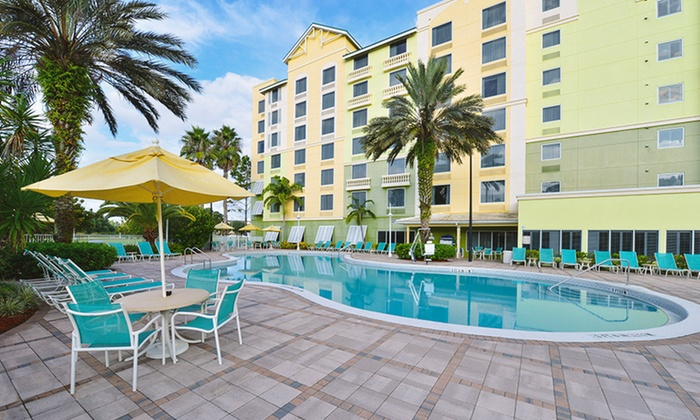 Comfort Suites Maingate East - Kissimmee, FL: Stay at Comfort Suites Maingate East near Orlando Theme Parks
