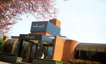 East Riding: Double Room for Two with Breakfast, Wine, Late CheckOut, and Optional Dinner at 4* Hallmark Hotel Hull