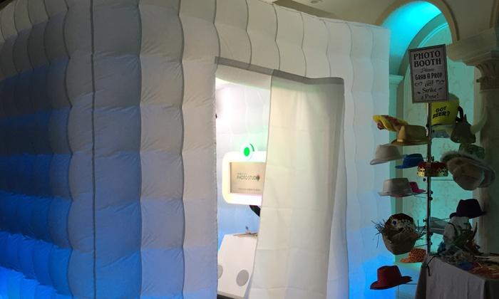 Flashing lights photobooth - New York City: $275 for $500 Worth of Photo-Booth Rental — Flashing lights photobooth