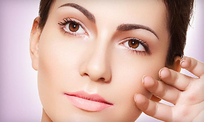 Beautiful Reflections - Scottsdale: $149 for Collagen-Induction Therapy with LED-Light Treatment and $100 Credit at Beautiful Reflections ($445 Value)