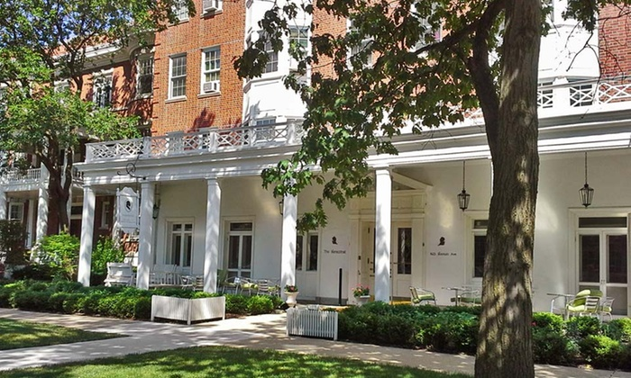 The Homestead - Evanston, IL: 1- or 2-Night Stay at The Homestead in Greater Chicago