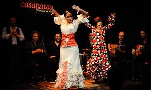 Casa Patas: Cena para dos con aperitivo, entrante, plato principal, postre, bebida y espectáculo flamenco por 59,95 € en Casa Patas