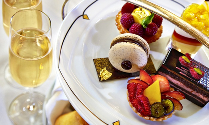 Park Lane Hotel - Palm Court - London: Afternoon Tea For Two (£42) With Mumm Champagne (£52) at 5* The Park Lane Hotel
