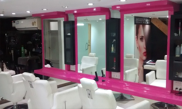 Choice Of Hair Services At Cutz  Curlz, Koramangala -8322