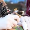 Tatuaż czarno-biały lub kolorowy