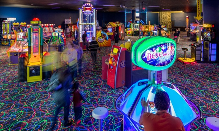 iT'Z Family Food and Fun - Houston - Willowbrook: One Hour of Bowling, Buffet Meals, and Video Games for Two or Four at It'z Family Food and Fun (Up to $65 Off)