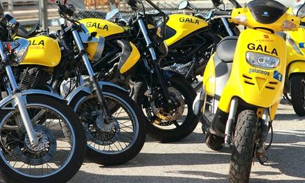 Curso para obtener el carné de moto A1 o A2 con 5 o 7 prácticas desde 49 €. Tienes más de 40 centros a elegir