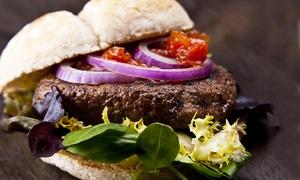 The Celtic Pub Mestre: The Celtic Pub - Menu hamburger o sandwich da 18,90 € con birra o bevanda media alla spina